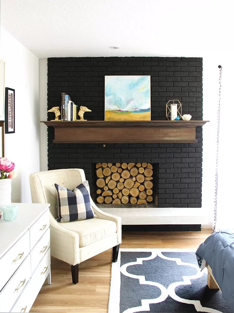 Black Fireplace In Small Room